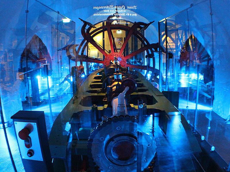 Schiffsantriebe im Elbschifffahrtsmuseum