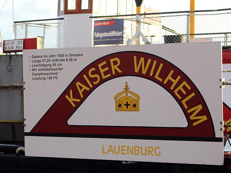 Schild mit Daten zum Raddampfer Kaiser-Wilhelm