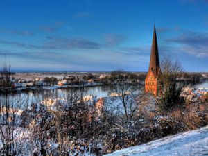 Maria-Magdalenen-Kirche in Lauenburg im Winter