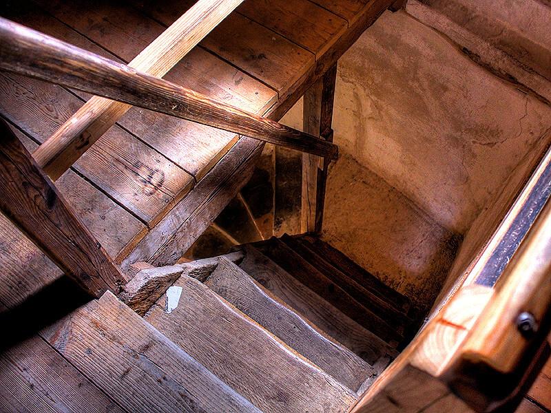Holztreppe im Lauenburger Schlossturm
