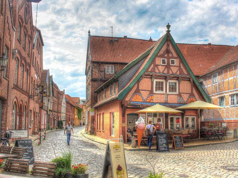 Lauenburger Altstadt im Sommer
