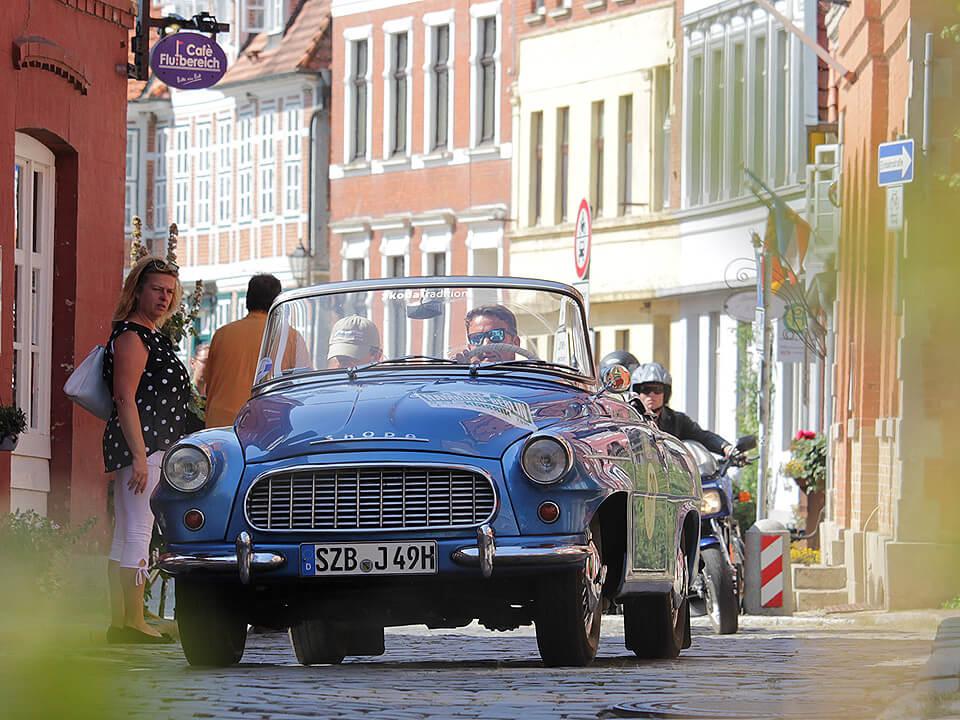 Joachim Llambi Rallye Hamburg-Berlin-Klassik durch Lauenburg