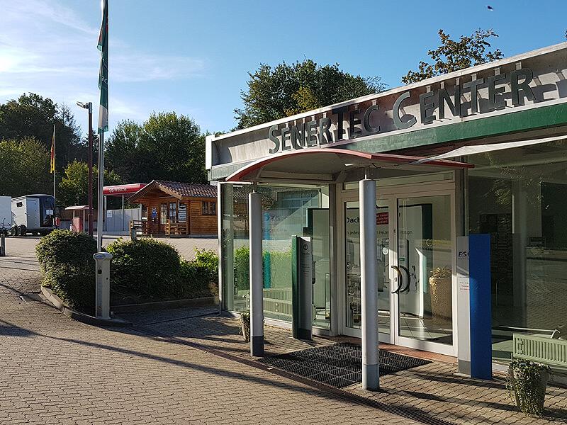 Parkplatz bei Senertec in Lauenburg