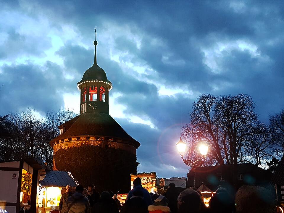 Stimmungsvoller Weihnachtsmarkt in Lauenburg