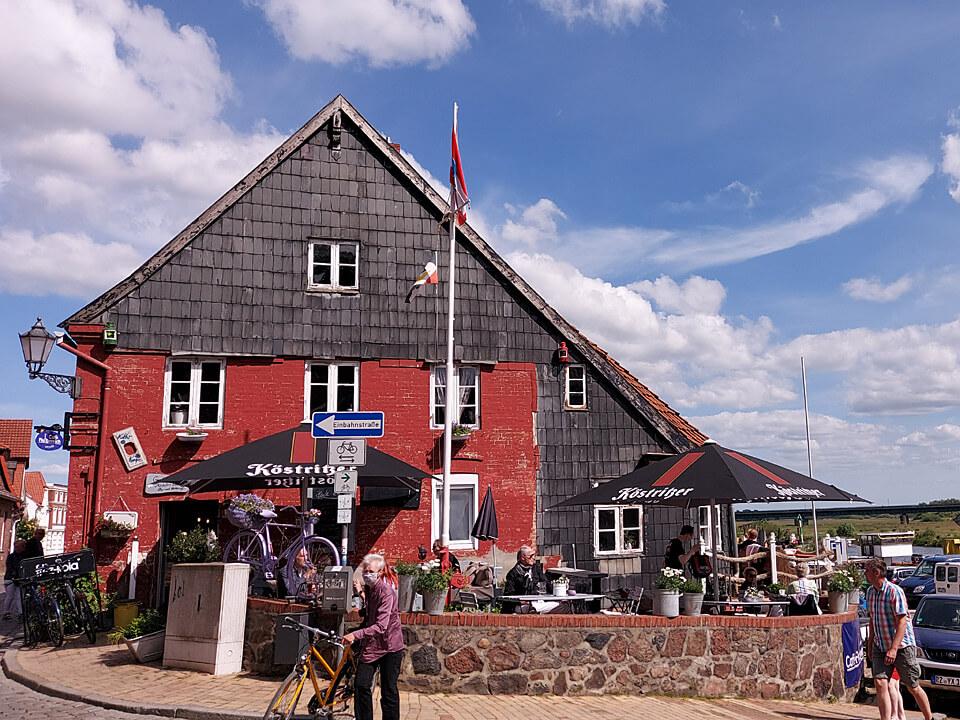 Café Flutbereich in der Altstadt von Lauenburg