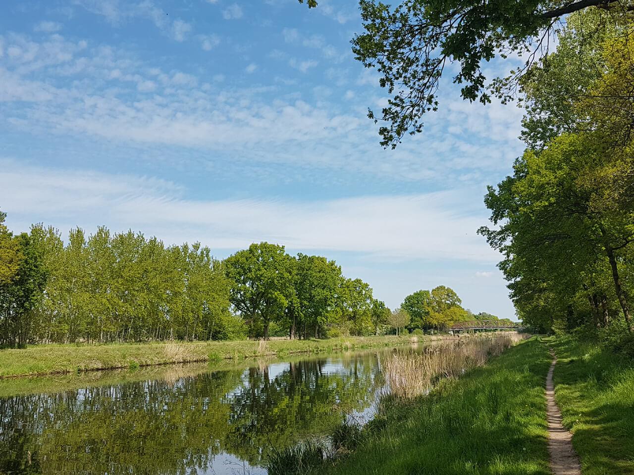 Elbe-Lübeck-Kanal im Frühling