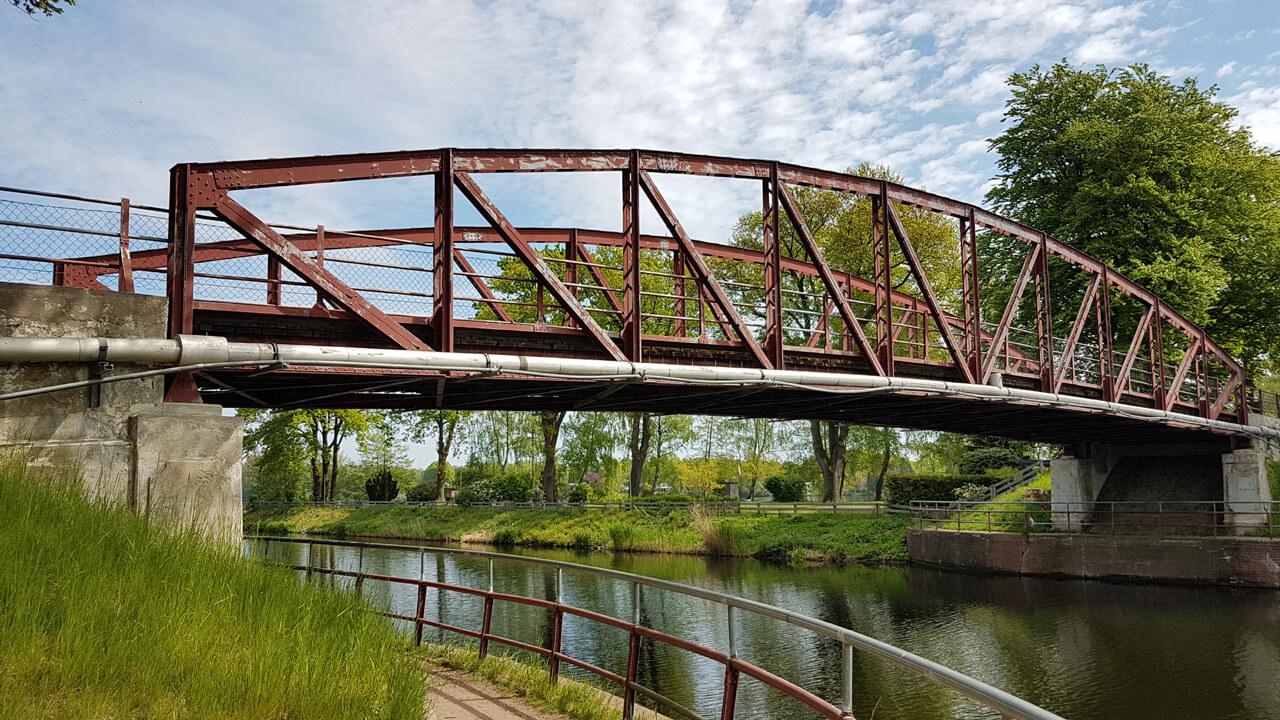 Brücke über den Elbe-Lübeck-Kanal bei Lanze