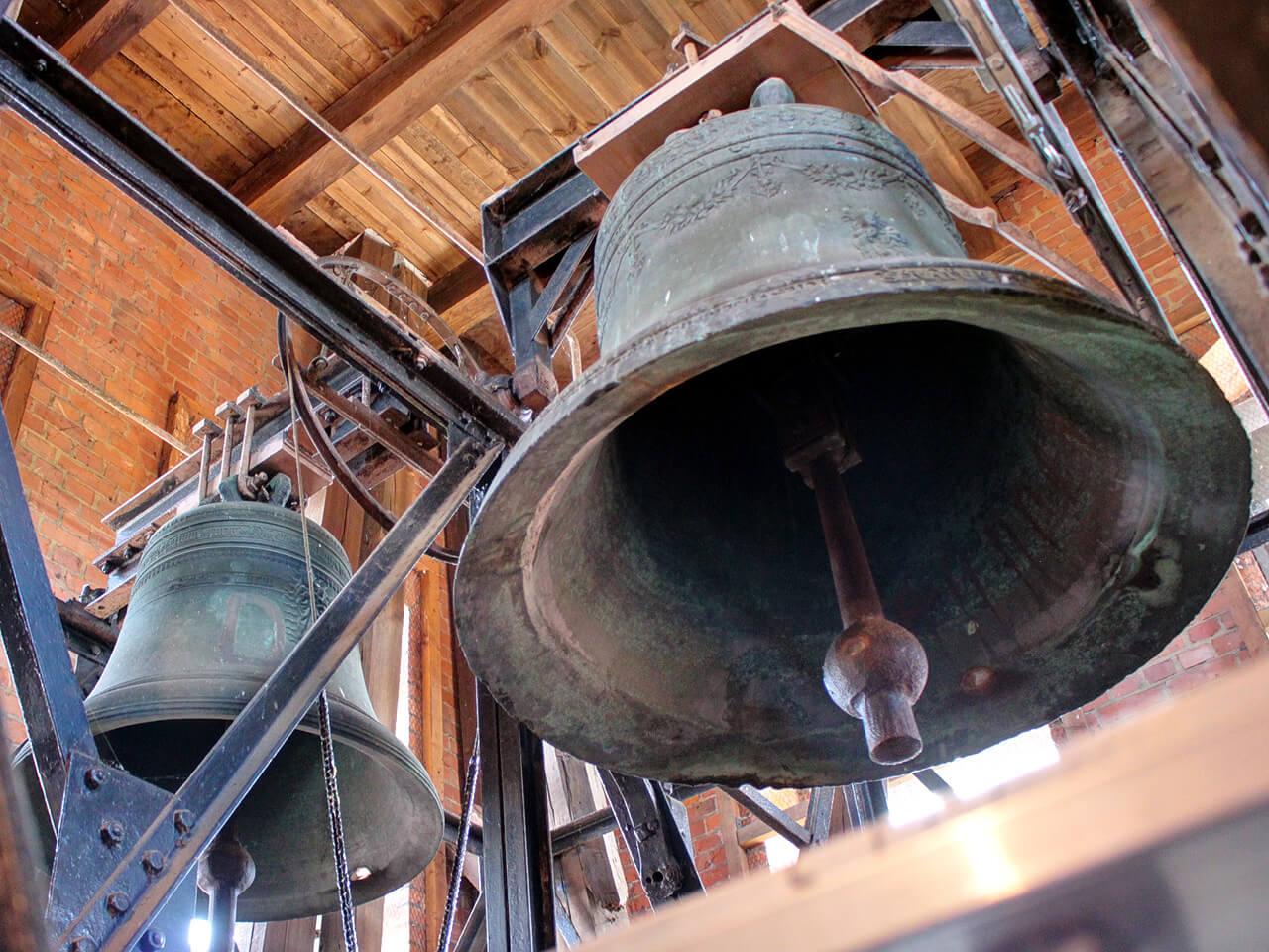 Glocken im Kirchturm von Lauenburg