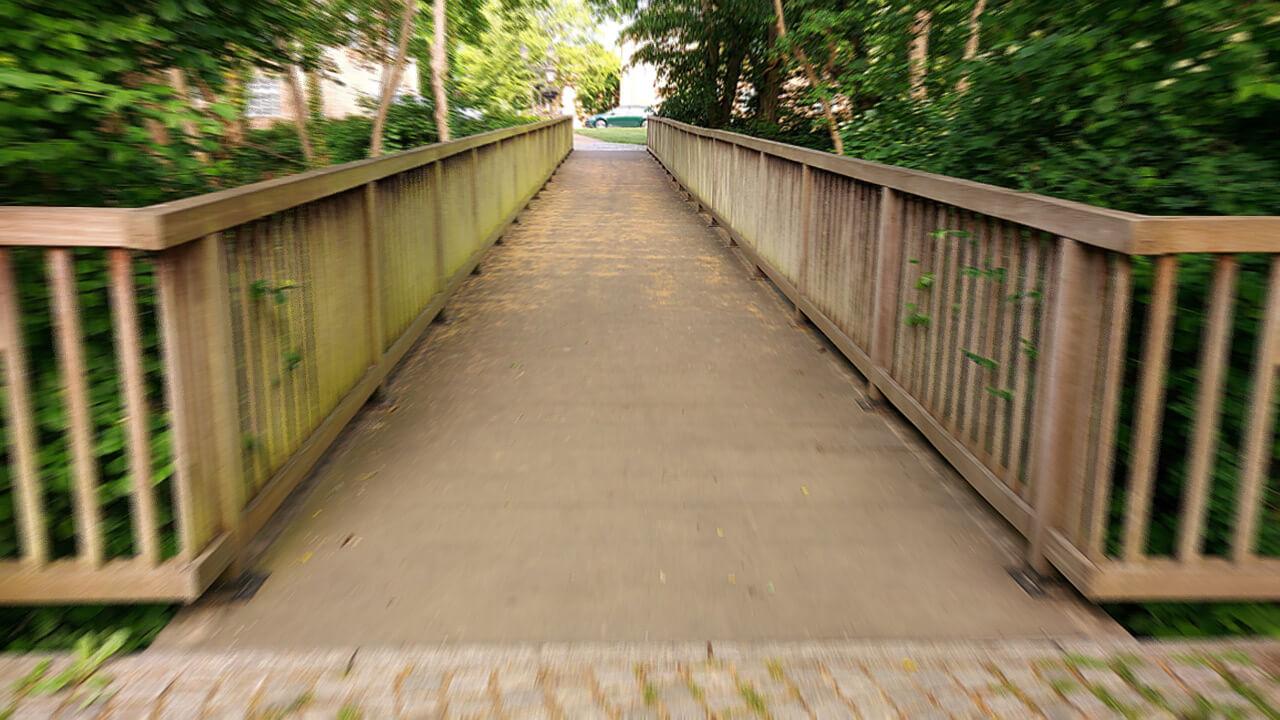 Brücke zum Schlossplatz